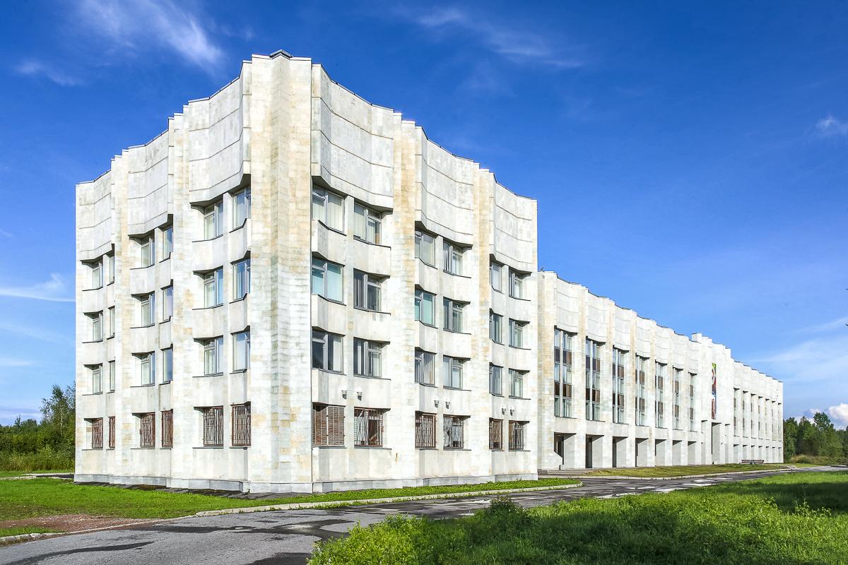 Здание факультета прикладной математики – процессов управления